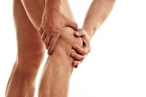 Wie Gefühle und Emotionen Knieschmerzen verursachen können